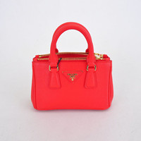 Prada Classic Saffiano Leather Medium Tote Bag - 1801L red