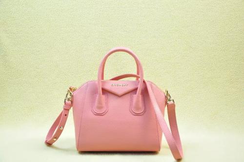2014 Givenchy 1900 pink