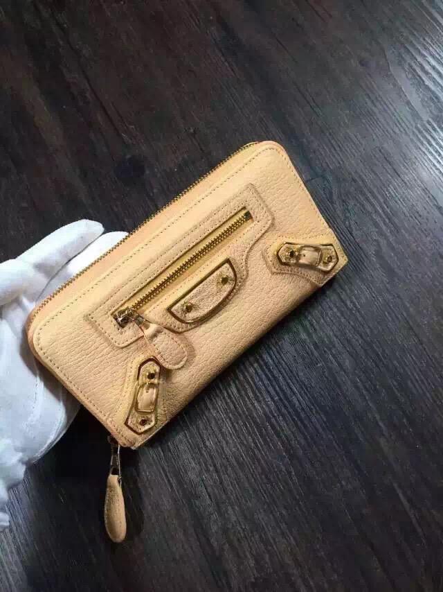 Balenciaga wallet 29001 apricot