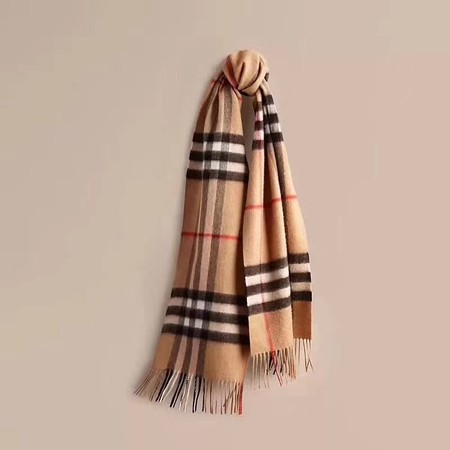 2017 top quality Burberry scarf 3096 apricot