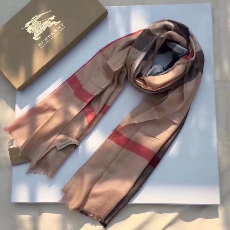 2017 top quality Burberry scarf BUR919168