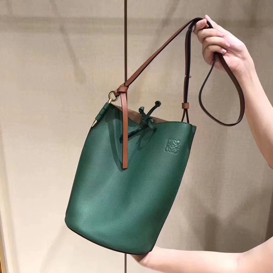 Loewe Leather 1268 green