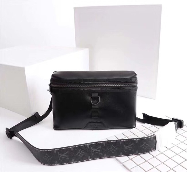 Louis vuitton MESSENGER PM M52176 black