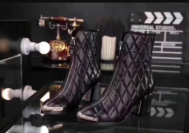 Chanel Ankle Boot CH2389 Black