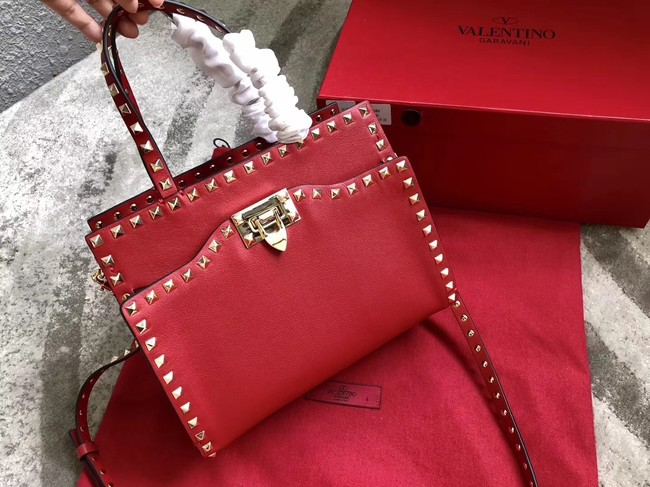 VALENTINO Candy Rockstud quilted leather shoulder bag 0650 red