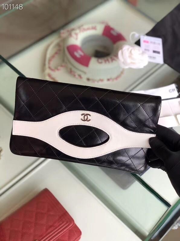 a7f9a5c0b23a Chanel 31 pouch Metallic Crumpled Goatskin & Silver-Tone Metal A70520  black&white