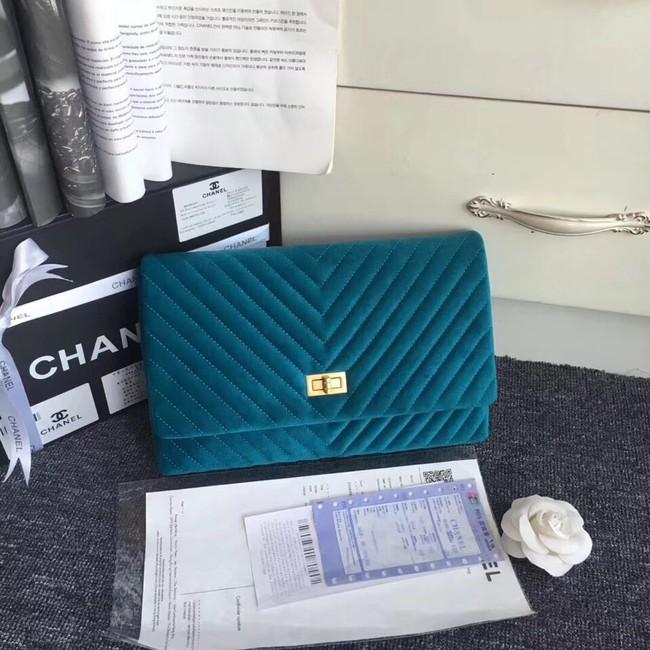 b2c0ad75b986 Chanel classic clutch velvet & Gold-Tone Metal 35629 blue