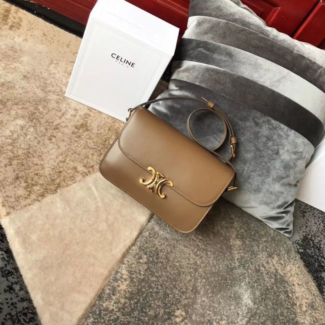 CELINE MEDIUM TRIOMPHE BAG IN SHINY CALFSKIN CL87363 Camel