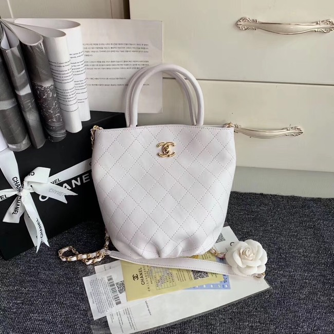 Chanel Calfskin & gold-Tone Metal S0657 white